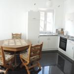Wohnwerk41 – Apartment 4 – heller Essbereich und Kueche